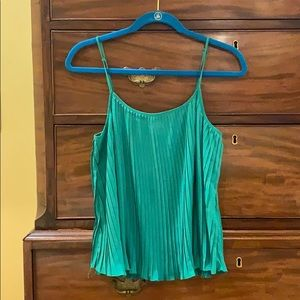Green tank with accordion pleats